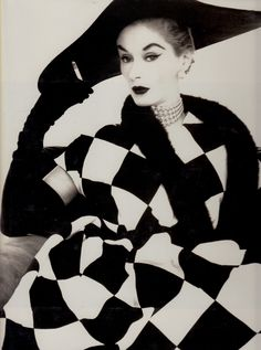 Lisa Fonssagrives wearing  Harlequin dress by Jerry Parnis photo Irving Penn 1950