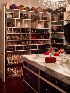 Y solo hay zapatos y bolsos.... me lo pido para Reyes!!