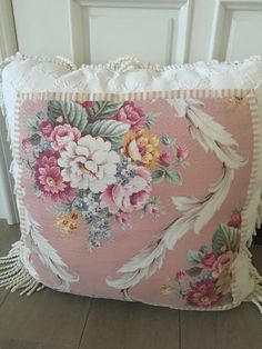 Vintage Style Shabby Chic Style Pillow With Down Inser #ShabbyChic