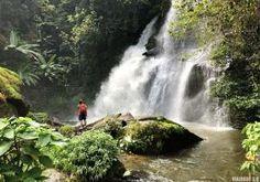 Qué ver en Chiang Mai en 3 días, templos y paisajes maravillosos Chiang Rai, Pamplona, Niagara Falls, Waterfall, Wanderlust, Nature, Travel, Outdoor, Trips