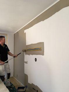 Wand af gewerkt met scan/glasvlies behang kan tegen een stootje  In allerlei motieven te krijgen