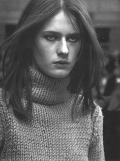 Vogue Italia September 1999 Moda Reportage  Photo Peter Lindbergh  Editor Nicoletta Santoro  Models Viviene Solari, Lisa Ratliffe