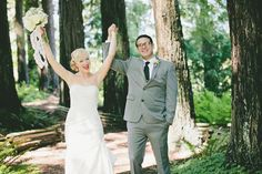 Elisabeth + Mike are an adorable, fun-loving couple who's style isa little quirky and filled with personality. They love all things vintage + retro and wanted to infuse that nostalgic goodness into their handmade Nor-Cal mountain wedding.They chose a vibrant color palette of mustard yellow + mint green and DIY'd every last detail – big […]
