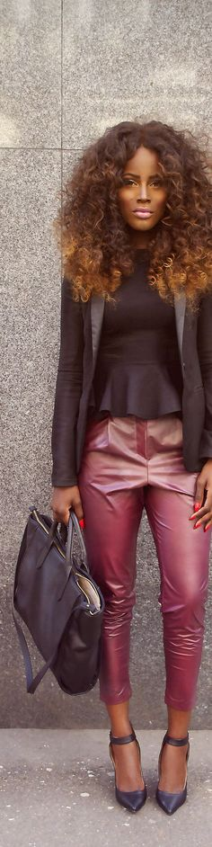 Chic. Shades of Black and Pink.
