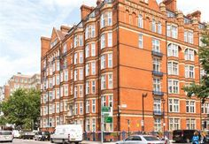 Beautifully refurbished 2 bed flat with high ceilings available for sale in #Marylebone #W1