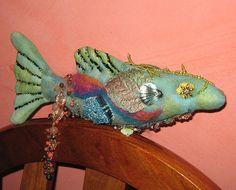 #106/366 fabric fish round robin | par gramarye