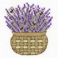 lavanda e api 123 Cross Stitch, Cross Stitch Heart, Cross Stitch Flowers, Cross Stitching, Cross Stitch Embroidery, Cross Stitch Patterns, Lavender Bags, Bee Theme, Crafts