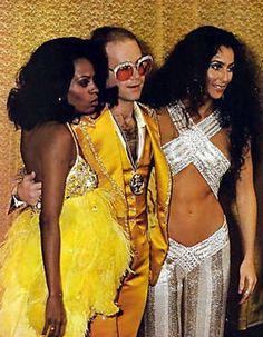 Diana Ross, Elton John, and Cher. That is a whole lotta disco! Mode Disco, Disco 70s, 1970 Style, 70's Style, Musica Disco, Vintage Black Glamour, Bob Mackie, Music Icon, Shows