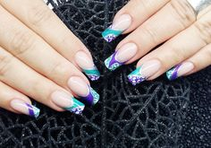 Nails im Leo Look