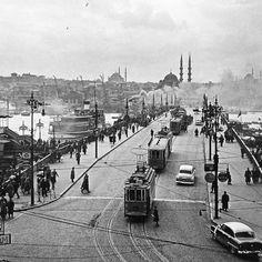 Istanbul tramcars  © Ara Güler