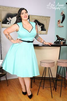 Pinup Couture - Heidi Dress in Cool Mint - Plus Size Curvy Fashion, Retro Fashion, Plus Size Fashion, Girl Fashion, Vintage Fashion, Plus Size Vintage Dresses, Plus Size Dresses, Plus Size Outfits, Mode Pin Up