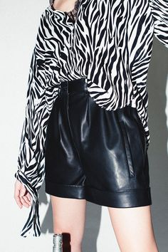 H/W LEATHER SHORTS     Use promo code CYBERMONDAY2018 for 60% off! TODAY ONLY #RobertRodriguez #cybermonday Leather Shorts, Clothes Horse, Fall 2018, High Fashion, High Waist, Fall Winter, Runway, Studio, Skirts