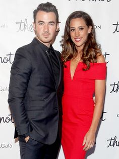 Kevin and Danielle Jonas Are 'Always Talking' About AnotherBaby http://celebritybabies.people.com/2015/10/15/kevin-jonas-danielle-daughter-alena-talking-second-child/