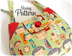 Lots of pockets tote