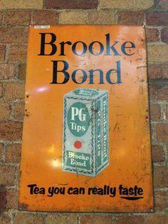 Brooke Bond PG Tips advert @railwaymuseum featuring packaging artwork.  via @scottkeir