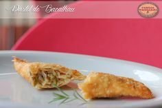 Pastel de Bacalhau www.familiatagliari.com.br www.facebook.com/familiatagliari