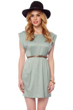 love the color_box pleated dress
