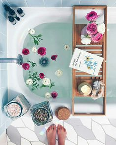 Bath Rituals + My Go-To Bath Salt Blend + Body Oil Recipes – Wu Haus Creating a bath time ritual is one of my favorite ways to practice self care. I love making over-the-top baths (proof here, here and here) and really taking the time… Dream Bath, Style Deco, Decoration Inspiration, Relaxing Bath, Best Bath, Design Thinking, Bath Salts, Bath Time, Cheap Home Decor