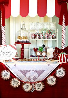 some of the most beautiful party ideas ever!!  a gingerbread party...love that idea~