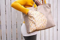 delia creates: Let's go to the Park Bag. No pattern but measurements. I am going to try and make one of these.