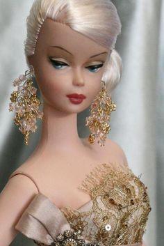 Galateia- 2008 live charity auction doll Final bid $6000