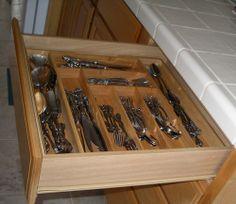 Amazon.com: Totally Bamboo Expandable Utility Drawer Organizer: Kitchen & Dining