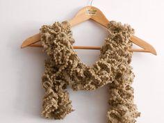 sciarpa moda beige cappuccino con pippiolini tono su di cosediisa, €15.00
