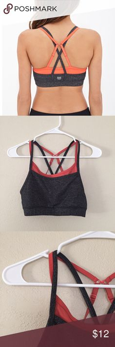 Sports bra High impact. Double layer. Tops