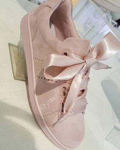 """4,370 Likes, 235 Comments - Jasmine (@_jasminecollections) on Instagram: """"On en parle ? Nouveauté coup de coeur Soyez prête #instagood #fashiongram #follows…"""""""