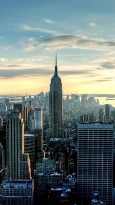 Free Iphone 5 Wallpaper for your iPhone: New York building