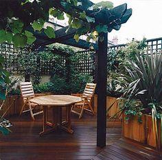 Courtyard Deck