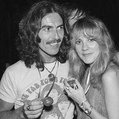 George Harrison of Beatles fame with Fleetwood Mac's Stevie Nicks. Look Back At Me, Look At You, Debbie Harry, Mick Jagger, The Beatles, Beatles Shirt, Metallica, It's All Happening, Stevie Nicks Fleetwood Mac