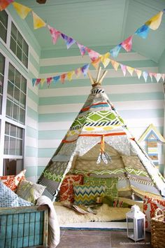 tipi tent in huis roomed 12