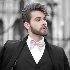 Night  Morrendo de saudades do cabelão!  Foto by @RodolfoCorradin  www.lincooln.com.br - #curitiba #cwb #fashionmen #fashion #fashionstyle #menstyle #lookoftheday #haircut #youtuber #lifestyle #fashionblogger #brasil #bloglincooln #sp #errejota #brazil #blogueiro #saopaulo #paris #floripa #florianopolis #modaparahomens #menshairstyle #belohorizonte #hairstyle #menshair #mensfashionpost #ilhadamagia #bowties