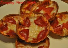 ~Mini Deep Dish Pizzas~ Grab your muffin tins for these cute, simple and oh so yummy appetizers or simple supper.