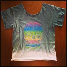 T-shirt Caveira! Camisetas personalizadas, desenvolvidas manualmente: www.folksarts.com.br ou www.facebook.com/folks.arts #folksarts #caveira #boho