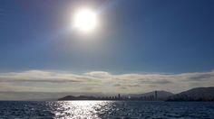 Hoy hemos querido mostraros este amanecer tan precioso con el que empezamos la mañana del miércoles. #Amanecer #Benidorm #Sol #Mar #PlayaLevante #BeniLovers #AliFornia