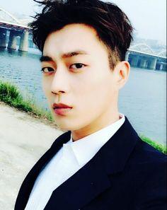 Dujun - Beast 160526 | cr.beeeestdjdjdj update Instagram