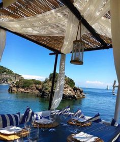 What else?! #lunchwithaview #napolifoodblog @edenischia