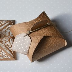 Gift Wrapping, Gifts, Bags, Candy, Paper Wrapping, Handbags, Presents, Wrapping Gifts, Dime Bags