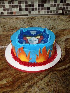 Angry bird transformers cake