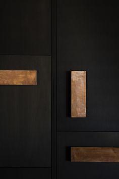 Warm tones for a cozy kitchen | Piet Boon kitchen details