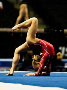 Awesome I wish I could do that. I think I did it once she must be really good maybe a level 10 I would say Olympic level❤️❤️❤️