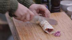 Wrap met oosterse kip en rode coleslaw | Dagelijkse kost