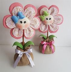 Fun Unique Craft Projects To Try Felt Flowers, Diy Flowers, Fabric Flowers, Felt Crafts, Diy And Crafts, Crafts For Kids, Diy Y Manualidades, Felt Fabric, Felt Toys