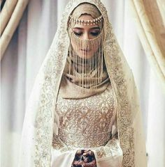 Muslim Wedding Dress With Niqab Hijabi Wedding, Wedding Hijab Styles, Disney Wedding Dresses, Muslim Brides, Pakistani Wedding Dresses, White Wedding Dresses, Bridal Dresses, Dress Wedding, Muslimah Wedding Dress
