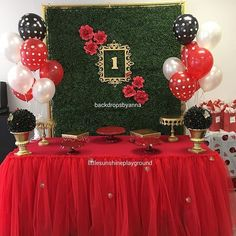Today's lady bug themed decoration at @littlesunshineplayground #backdrops…