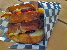 YUM! | 7 amazing FOOD TRUCKS in Halifax!