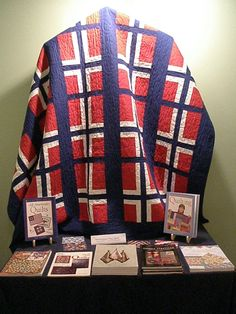 I know exactly who I would make this one for. Scandinavian Quilts, Scandinavian Christmas, Flag Quilt, Quilt Blocks, Quilting Projects, Quilting Designs, Quilt Design, Quilting Tips, Norwegian Flag