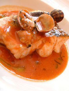Llom de lluç amb romescada i cloïses by buxeda  receta  http://recocina.eu/re-romescada/